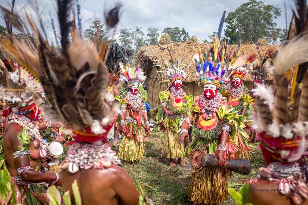 Woman tribal dancers ready for Mt Hagen show, Papua New Guinea